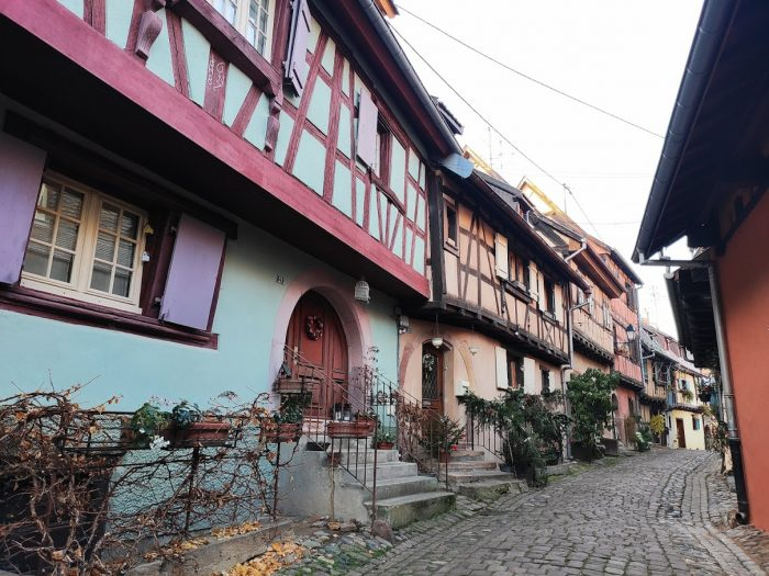 de vinos por Alsacia en Eguisheim y Turckheim.