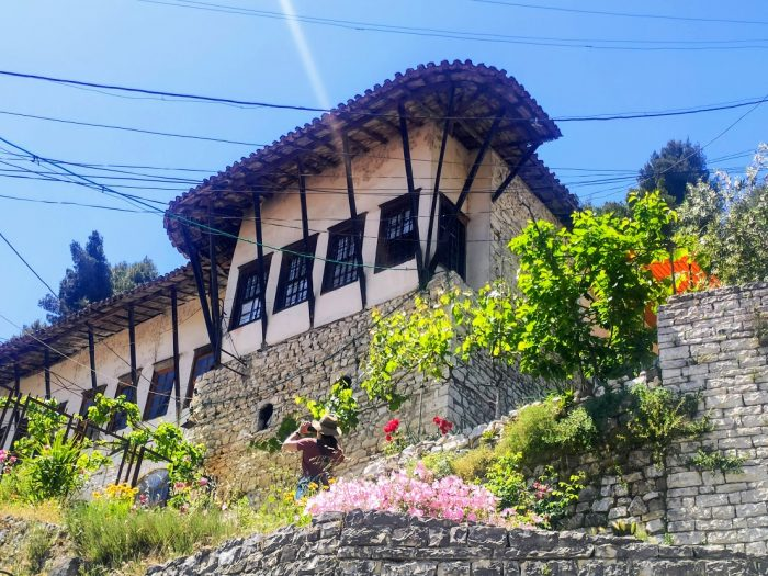 Berat, la ciudad blanca de las mil ventanas