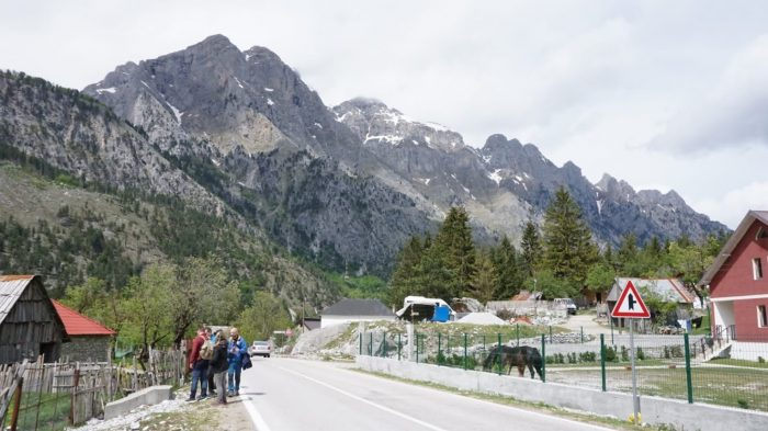 Los Alpes albaneses y el lago Koman
